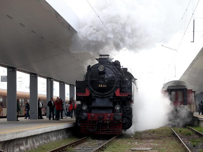 ретро локомотив парен локомотив