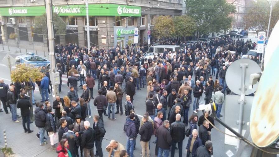 Синдикатите: Репресират протестиращи полицаи