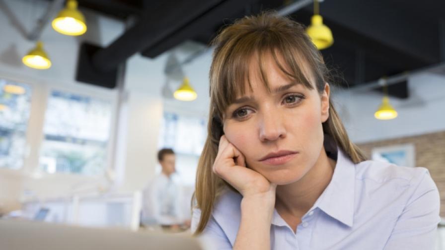 Хората над 30 г. не са щастливи