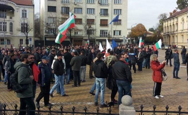 Недоволство в униформа пред Народното събрание, следващият протест ще в четвъртък