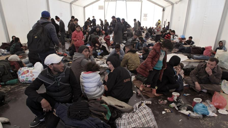 Бежански лагер в Гърция
