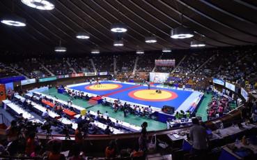 Юлияна Янева в спор за бронза на Световното първенство по борба