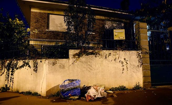 Устройството, намерено в предградие на Париж, е пояс с експлозиви