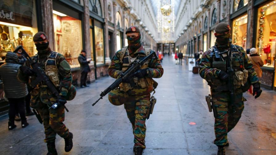 Хванаха джихадист с газови бутилки в Брюлсел