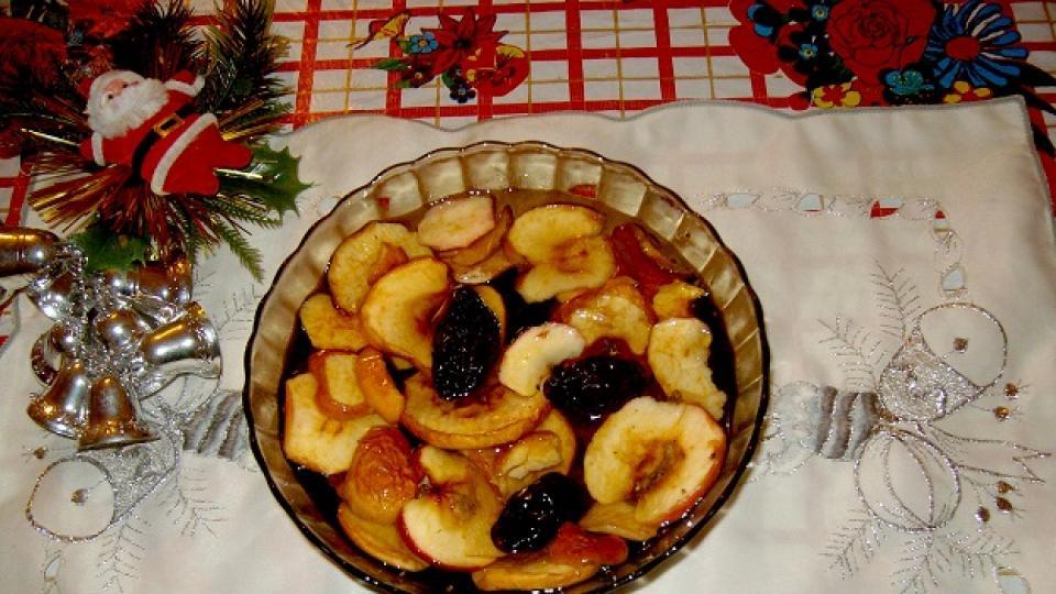 Коледна украса: В името на традициите