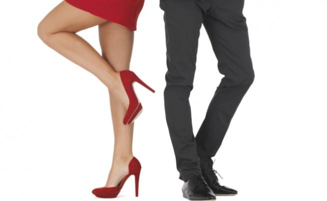 Когато Тя и Той разменят обувките си... (видео)