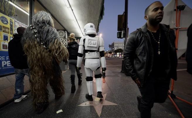 Нов рекорд: Star wars събра над 1 млрд. долара