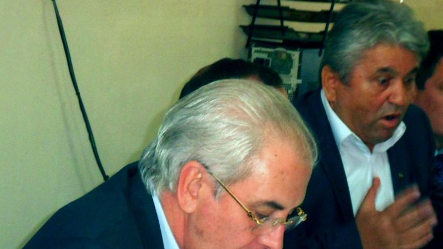 Бахри Юмер (вдясно)