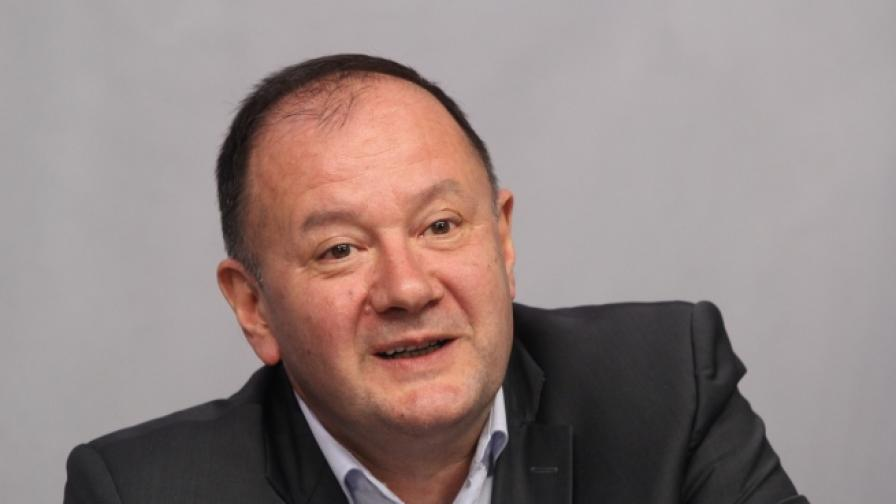 Миков за Местан: Политик от БСП не се е крил в посолство