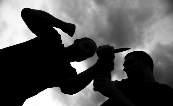 Разярен родител нападна учител с нож