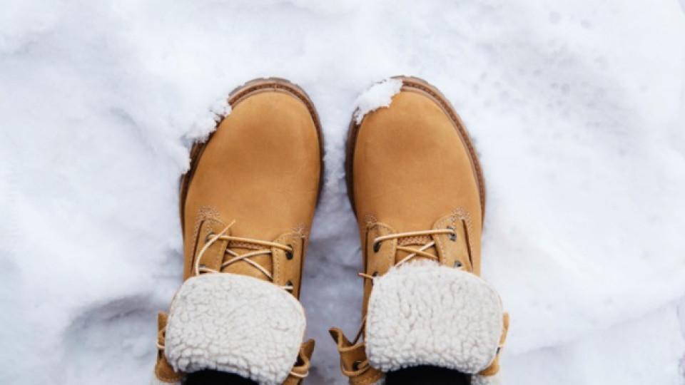 С какви обувки ще преодолеем снега и леда по улиците