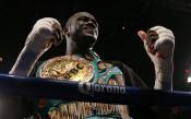 Дилиан Уайт: Дионтей Уайлдър е позор за бокса