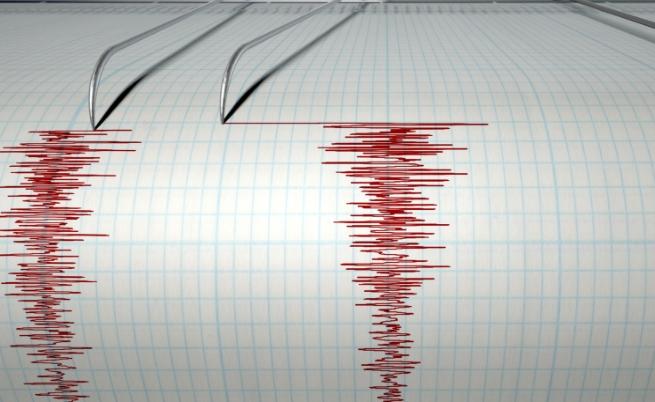 Силно земетресение разтърси Турция, разрушения и пострадали