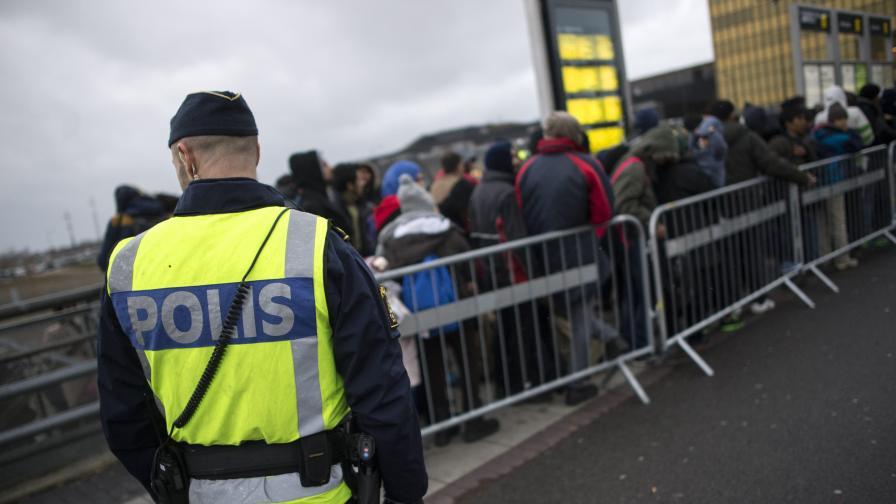Протести и насилие срещу емигрантите в Стокхолм