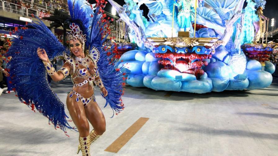 Карнавалът в Рио приветства Олимпийските игри