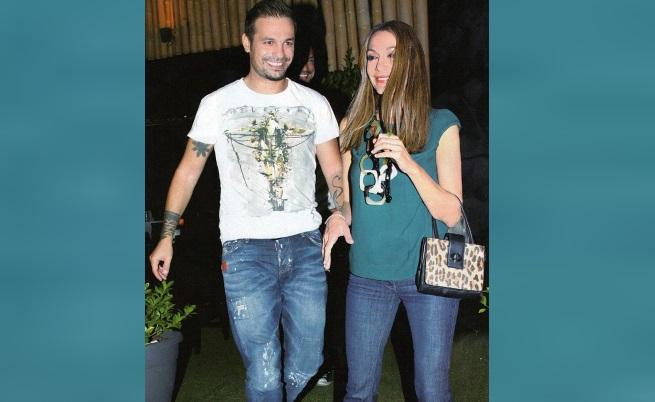 Деспина Ванди със съпруга си Демис Николаидис