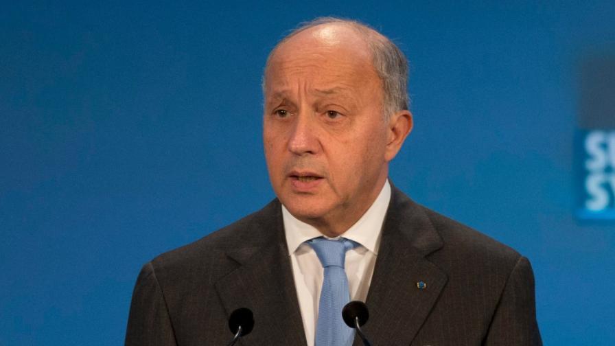 Франция сменя външния си министър