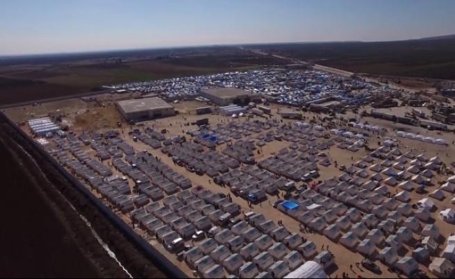 Дрон засне бежански лагер в Турция