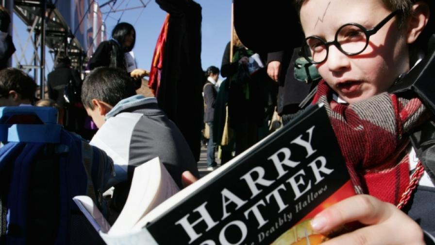 Нова книга за Хари Потър излиза в края на юли