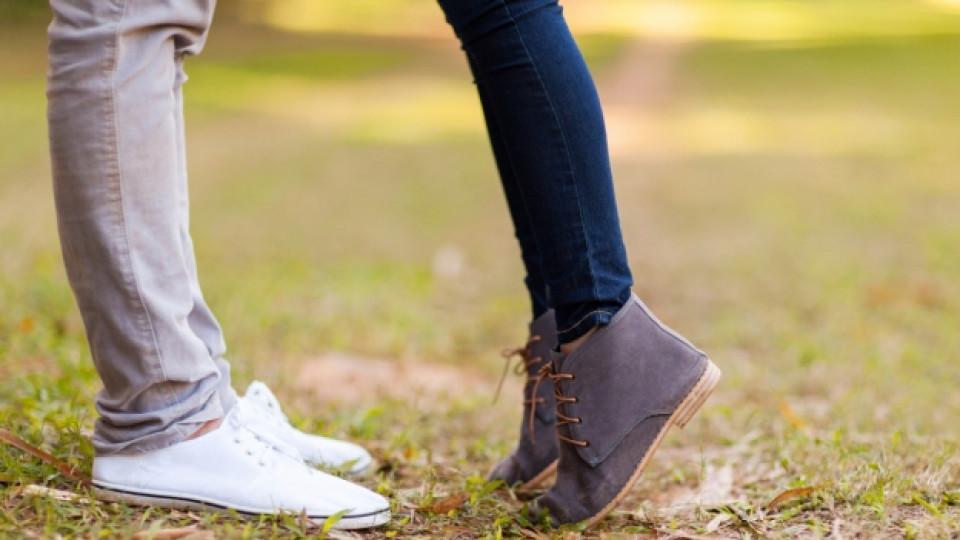 Какво да кажем на децата за първата любов