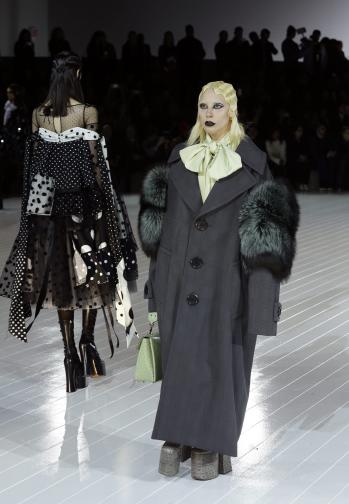 Лейди Гага на модния подуим