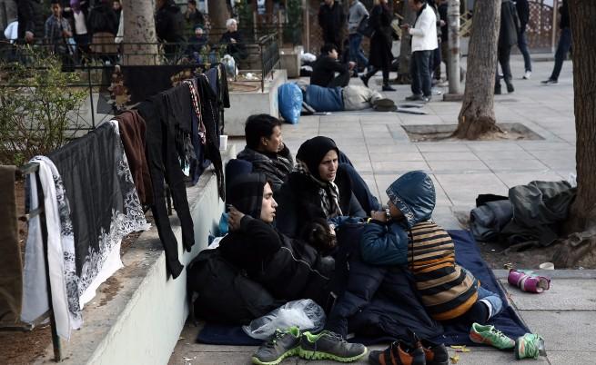 Мигранти блокираха магистрала в Гърция