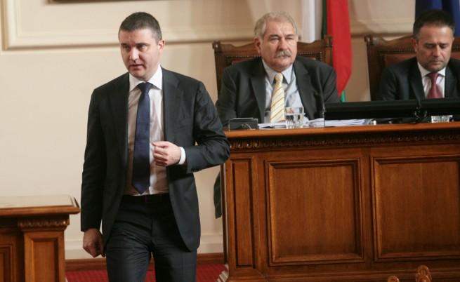 Горанов заплаши да поиска оставките на синдиците на КТБ
