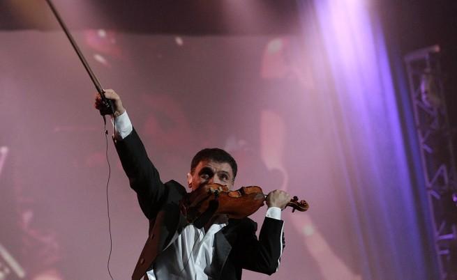 Концертът на Васко Василев в Арена Армеец