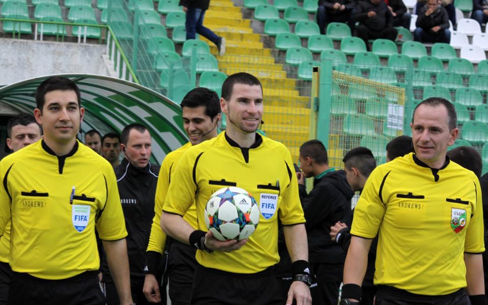 Български съдии ще ръководят мачове от световното първенство за юноши