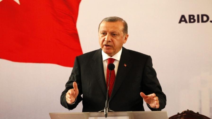 Ердоган предлага създаването на град за бежанци в Сирия