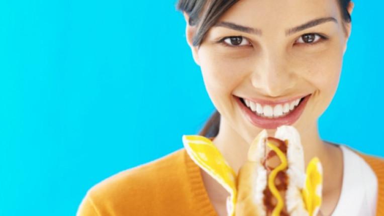 цвят горчица актуална тенденция есенна мода акцент жълто