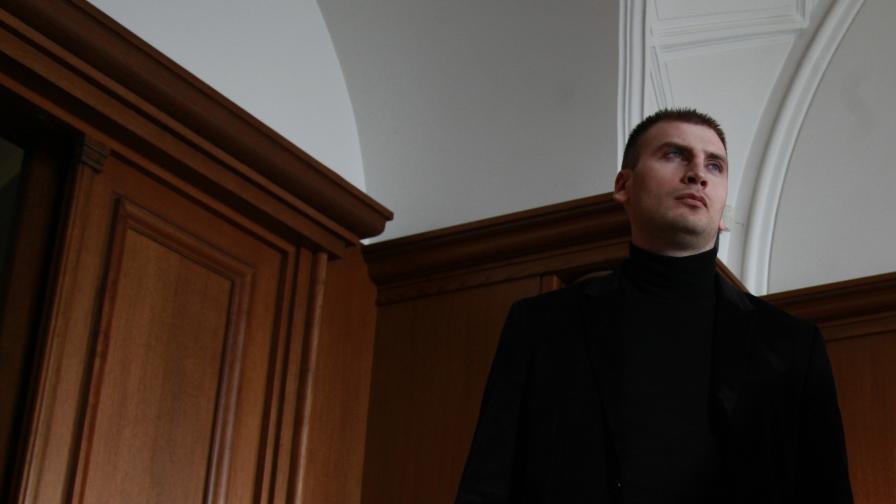 Местят Октай Енимехмедов в затвор с по-строг режим