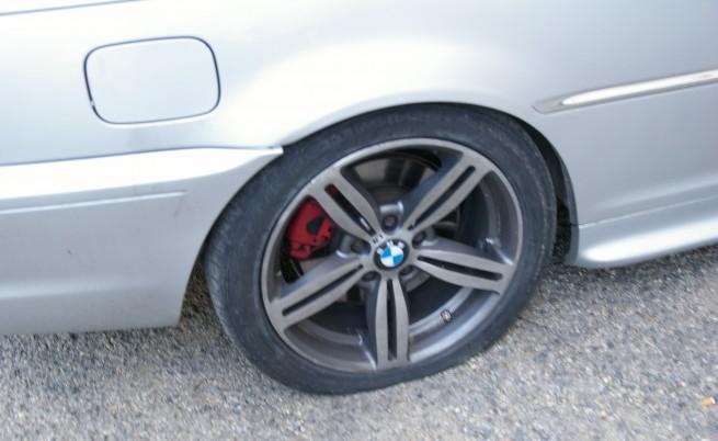 Десетки коли с нарязани гуми във Враца