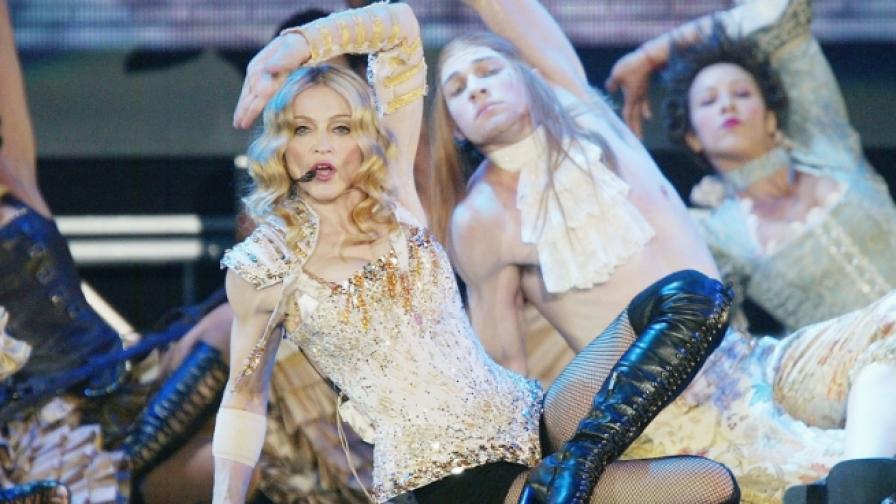 Фенове чакаха Мадона четири часа за концерт