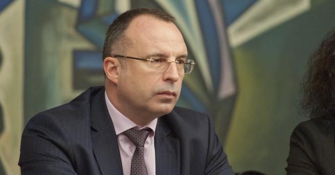 """""""Оставка няма да подам"""". Това заяви земеделският министър Румен Порожанов"""