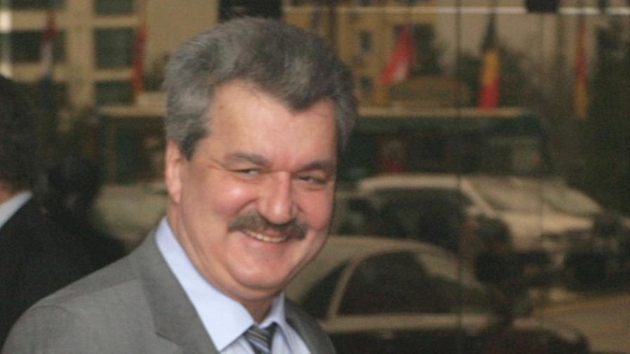 Тодор Батков обясни за офшорните си инвестиции