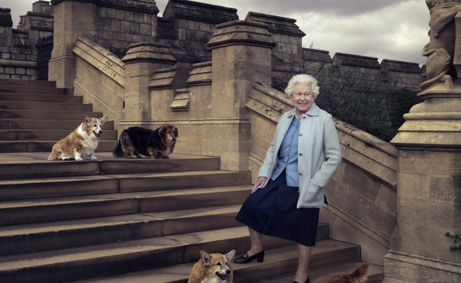 Кралица Елизабет II навърши 90 години
