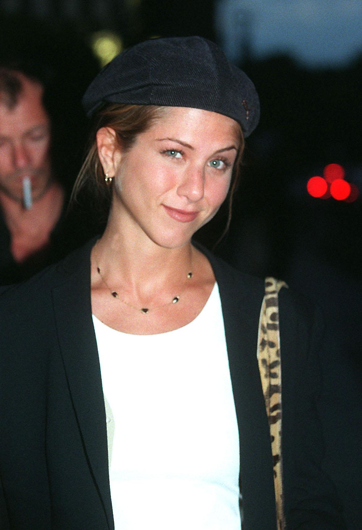 Дженифър Анистън, 1998 г.