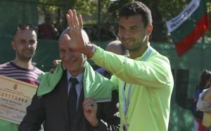 Гришо се похвали в Инстаграм със званието почетен гражданин на Хасково