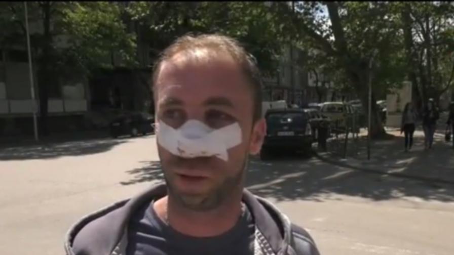 Таксиметров шофьор преби мъж заради забележка