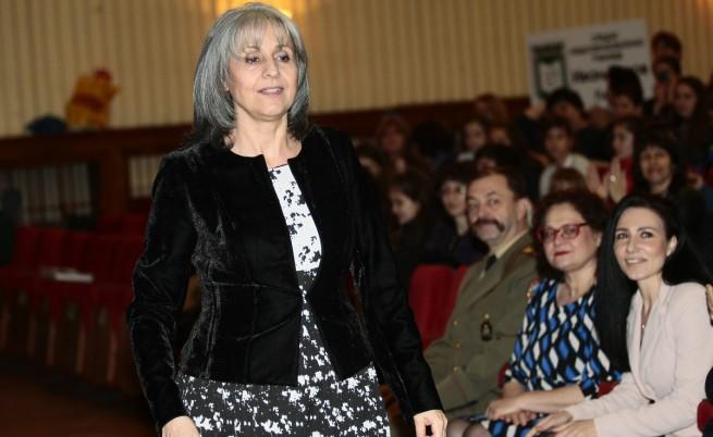 Маргарита Попова може да се кандидатира за президент