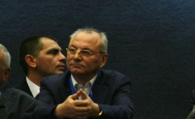 ДПС избира нов лидер, Ахмед Доган е в НДК