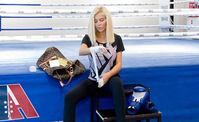 Мацката се подготвя много професионално за тренировката на ринга
