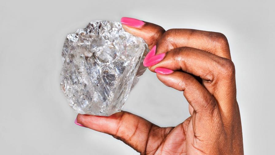 В Москва: 5 диаманта за 10 млн. долара