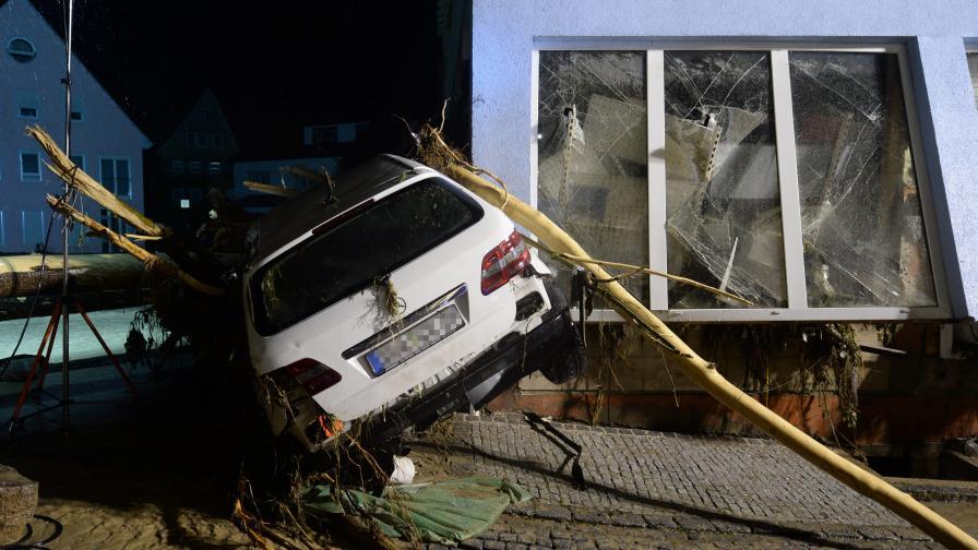 Ужасяващи наводнения в Германия, има жертви