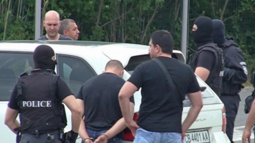 Повдигнаха обвинения на задържаните в Бургас