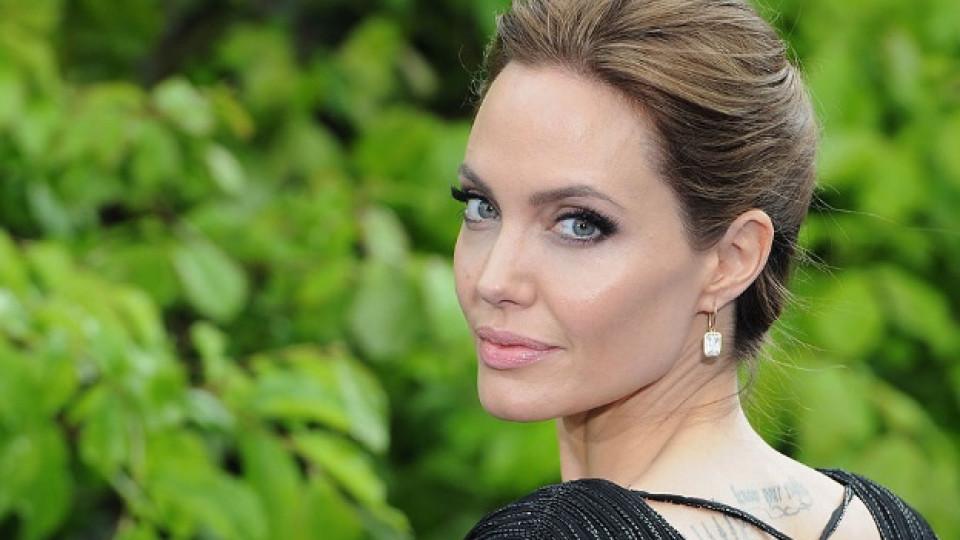 """Честит рожден ден, Анджелина Джоли - """"Винаги играя жена, с която бих се срещала."""""""