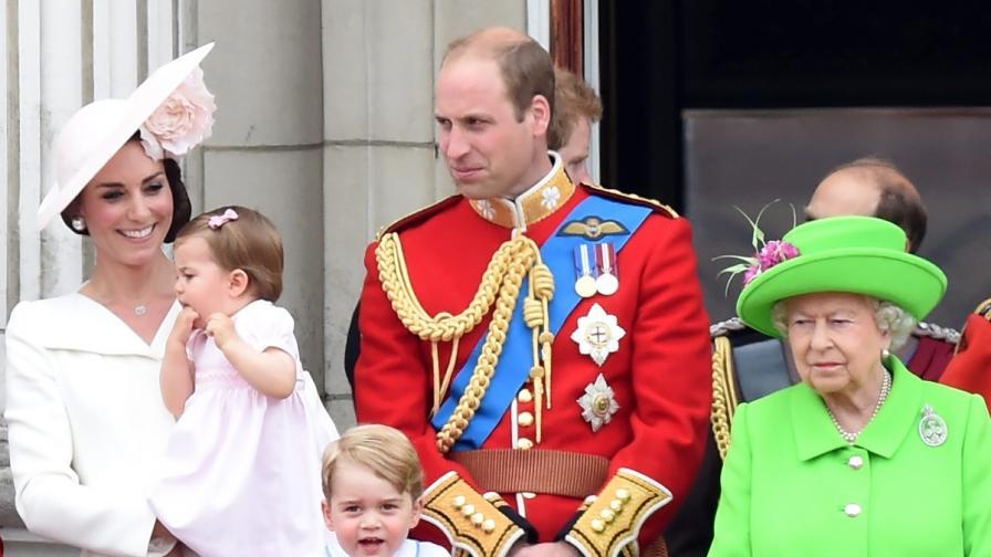 Кралица Елизабет се скара публично на Уилям
