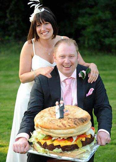 Интересно решение за сватбена торта