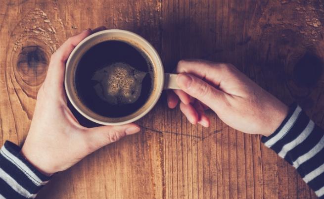 Кафе или чай предпочиташ?